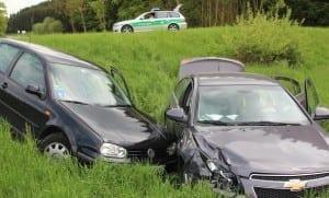 Verkehrsunfall B300 bei Ursberg mit sechs Verletzten am 09.05.2013