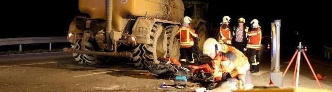 Verkehrsunfall, B10, Nachrichten, BSAktuell, Unfall B10 Unterknoeringen, bayerisch schwaben aktuell