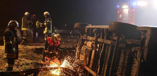 Verkehrsunfall Transporter Jettingen, BSAktuell, Mario Obeser,