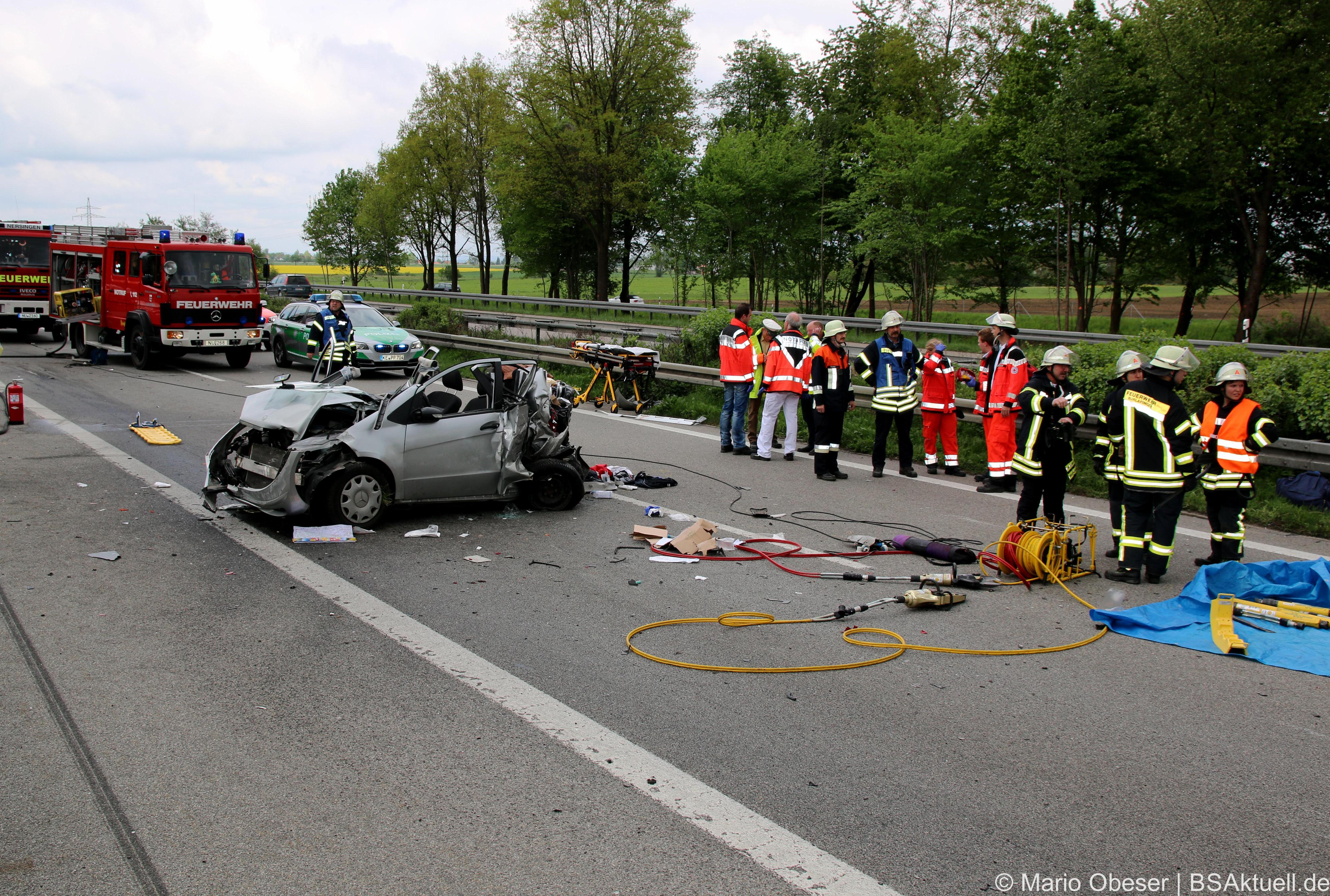 SchwererVerkerhsunfallaufderAamAutobahndreieckHittistettenimKreisNeu Ulm.NährererBerichtistzufindenbeiBSAktuell.de Bayerisch Schwaben Aktuell.