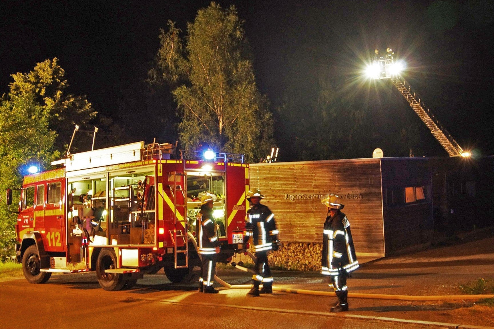 Brand Jugendzentrum Krumbach, Feuerwehr Krumbach