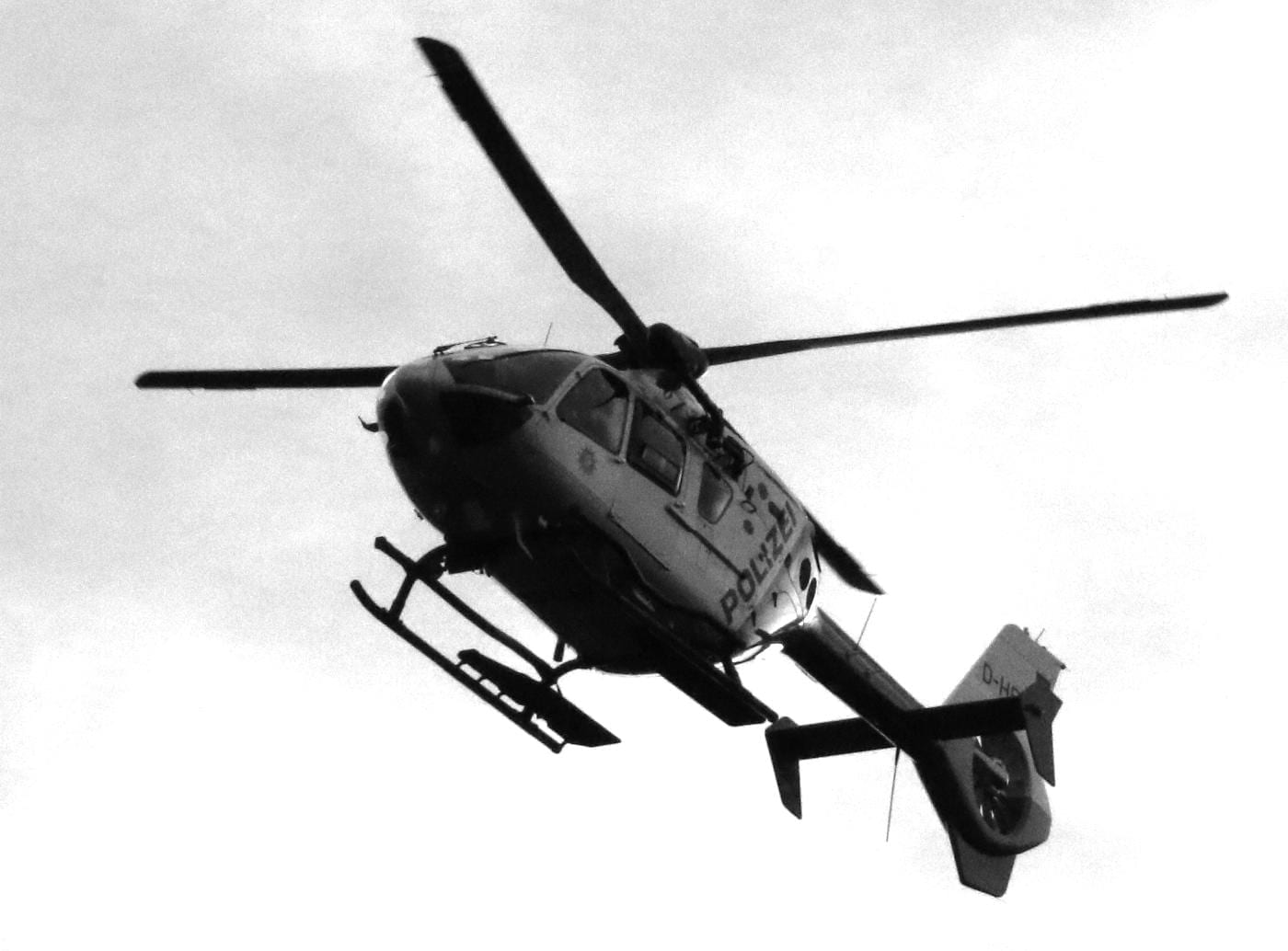 Polizeihubschrauber in der Luft