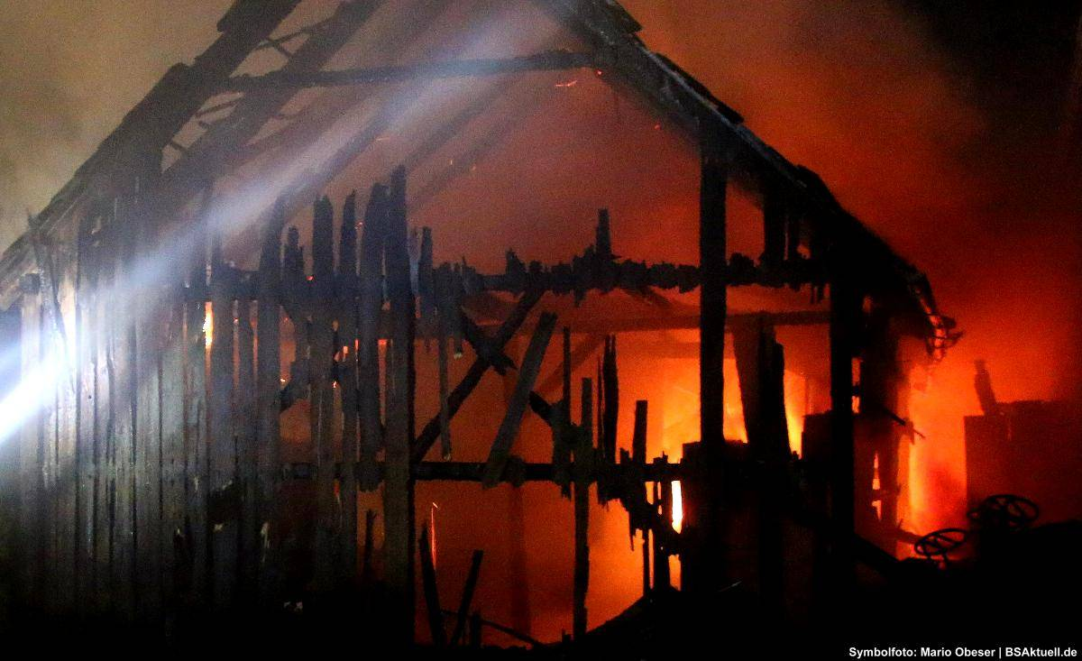 Brand, Stadel, Feuerwehr, bayerisch Schwaben Aktuell,