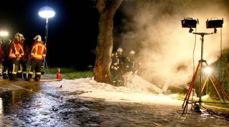 Insassen verbrennen bei Verkehrsunfall im Kreis Günzburg