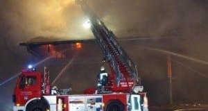 Brand einer Scheune in Edelstetten im Landkreis Günzburg