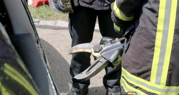 Feuerwehr Schere
