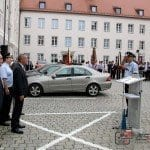Feuerwehr Günzburg beim Appell auf dem Schloßplatz