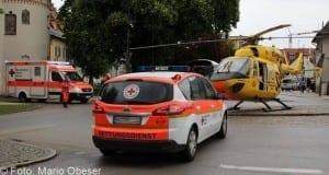 Rettungshubschauber Rettungswagen