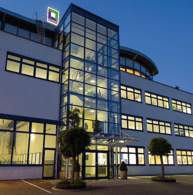 Das Firmengebäude der Günzburger Steigtechnik
