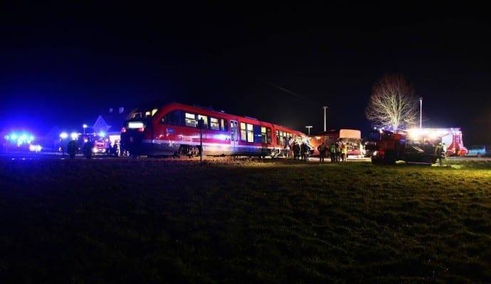 Verkehrsunfall Bahn Linienbus Breitenbrunn