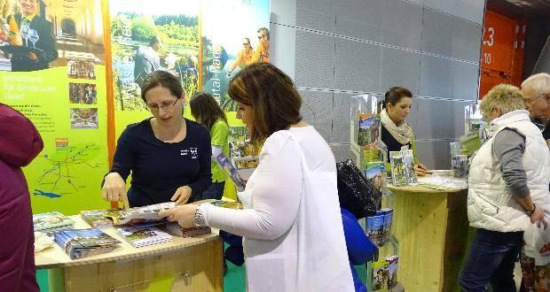Stand der Radregion Schwäbisches Donautal mit Monika Rubik