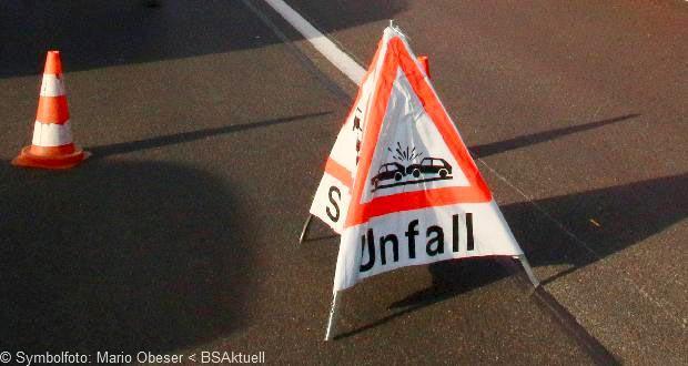 Verkehrsunfall Warnschild