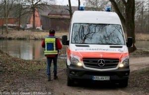 Feuerwehr und Wasserwacht suchten nach der Vermissten die Donau ab, nach der Vermissten