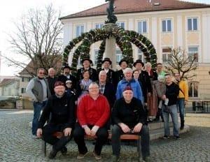 Gruppenfoto ErsterOsterbrunneninIchenhausen