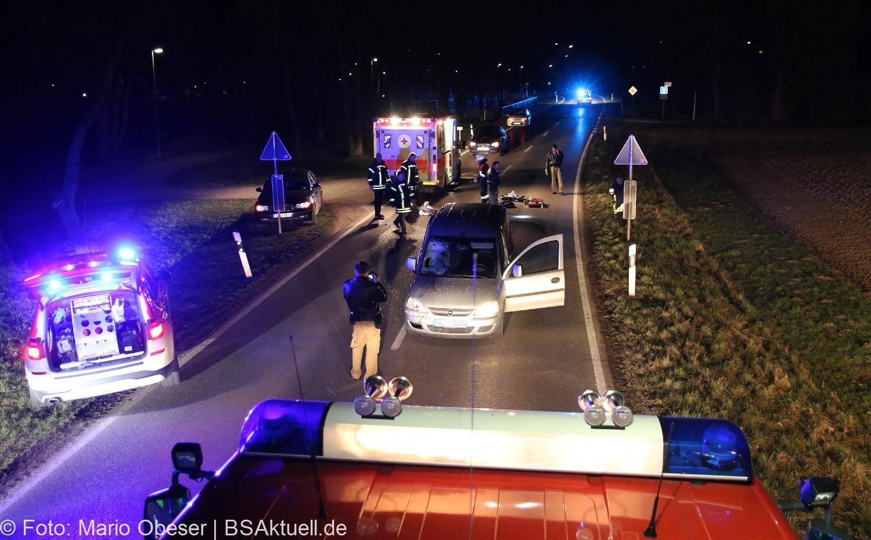 Schwer verletzt: PKW erfasst Fußgänger