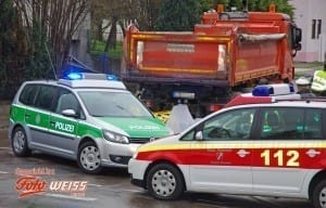 Verkehrsunfall Krumbach Fussgaengerin 02_k