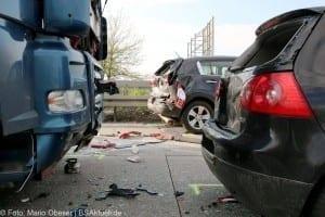 Verkehrsunfall A7 Herbrechtingen LKW fährt auf