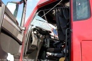 Verkehrsunfall A7 Herbrechtingen zwichen den Anhängern Führerhaus Unfallverursacher