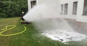 Kleinbrand in der Fahrklinik Ichenhausen 14052016_1