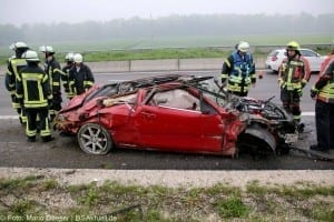 Verkehrsunfall Autobahn 8 Leipheim 28052016 12