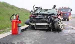 Verkehrsunfall Autobahn 8 Leipheim 28052016 13