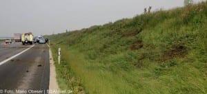 Verkehrsunfall Autobahn 8 Leipheim 28052016 4