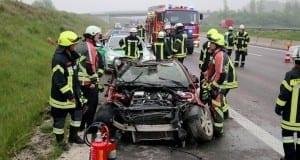 Verkehrsunfall Autobahn 8 Leipheim 28052016 8