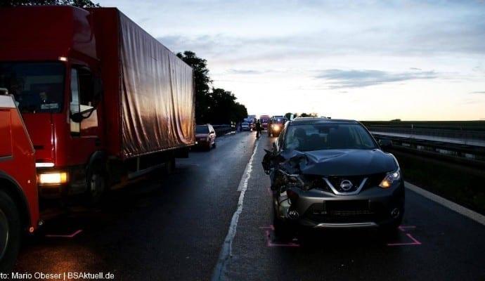 Tödlicher Verkehrsunfall B10 Ulm am 15.06.2016 06