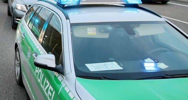 Polizeifahrzeug Autobahnpolizei Blaulicht