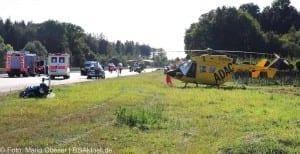 Schwerer Verkehrsunfall auf der Autobahn 8 zwischen Günzburg und Leipheim am 23.08.2016.