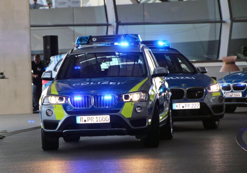 Erste Bmw Polizeifahrzeuge In Neuer Farbgebung Bayerische