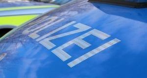 polizeifahrzeug-blau-3