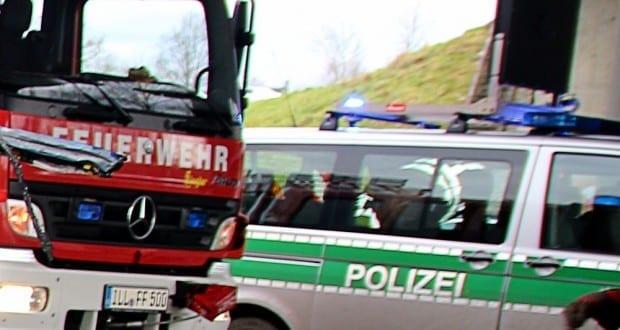 Feuerwehr Illertissen und Polizei im Einsatz