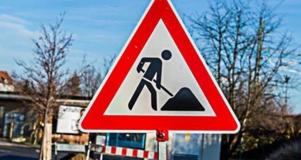 Straßensperrung Baustelle