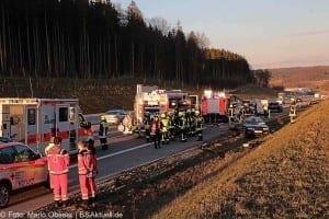Unfall A8 bei Zusmarshausen am 10032017 2