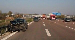 Unfall und Folgeunfall auf A8 bei Burgau am 08042017