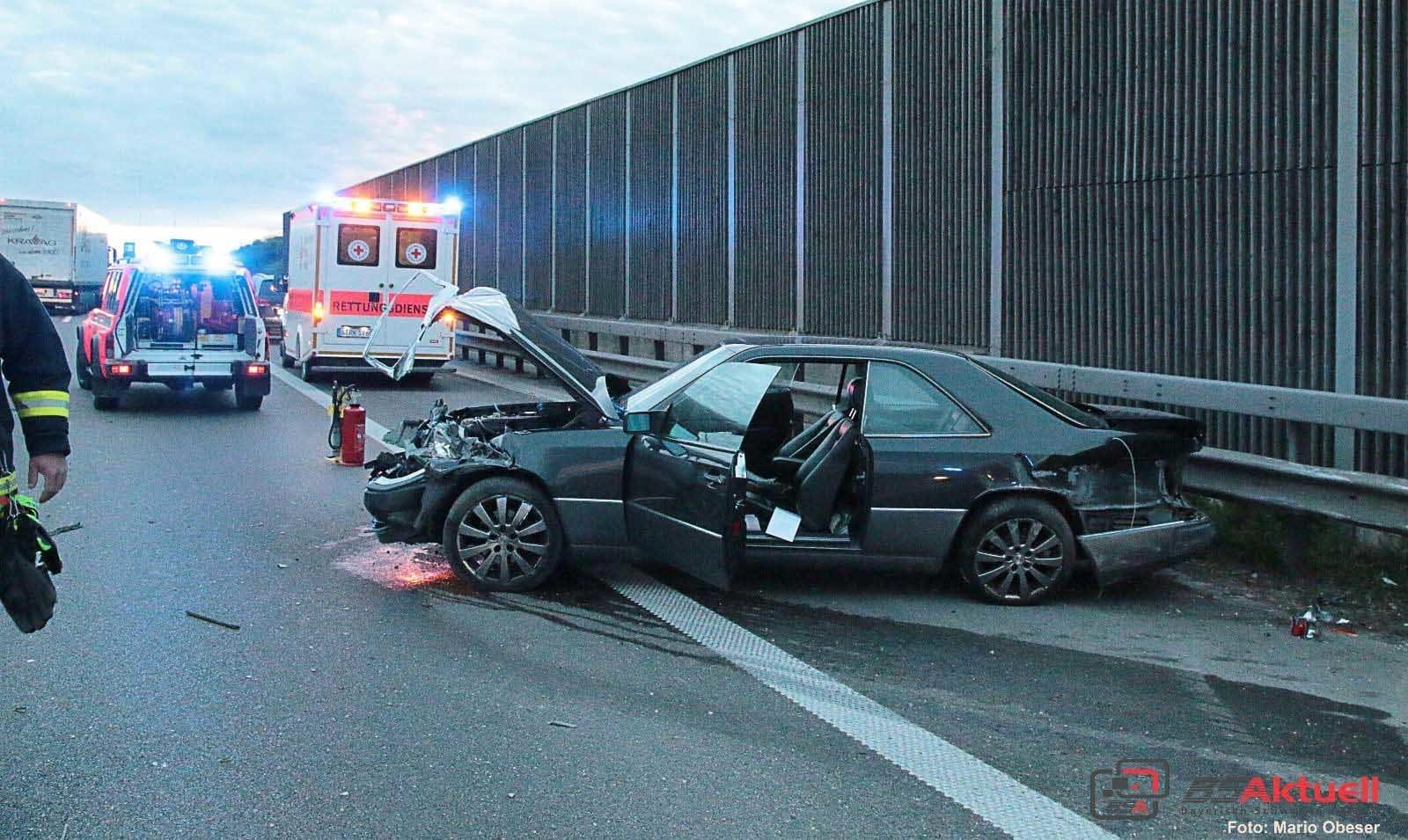 Unfall nach Fahrfehler auf A8 bei Günzburg