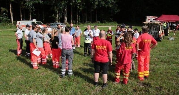 Jettingen Suche nach Fahrzeuginsassen nach Unfall 24062017 Titel
