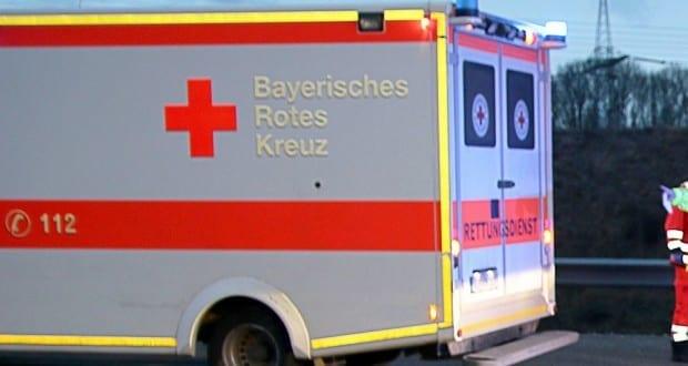 Rettungswagen und Rettungsdienstler