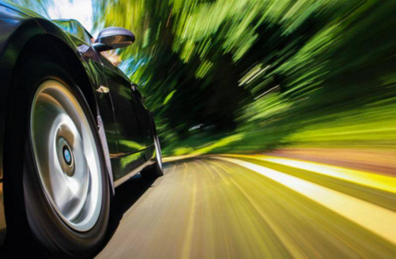 Tuning Geschwindigkeit Reifen Aleksei Demitsev – Fotolia