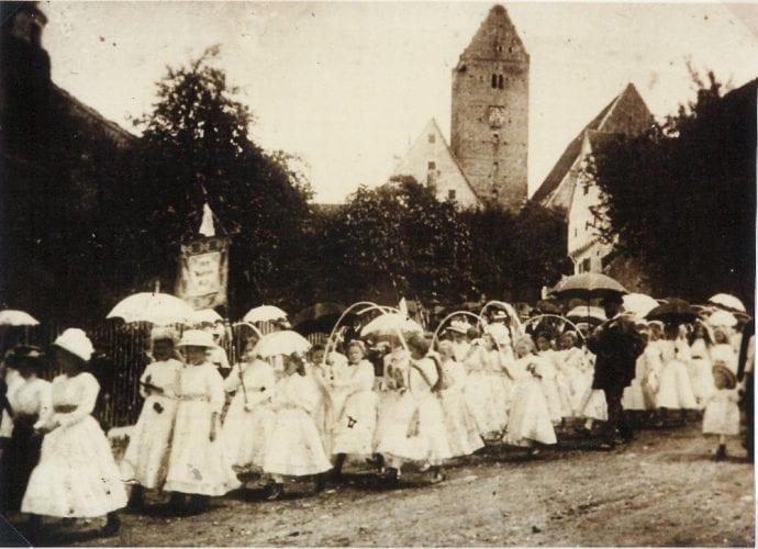 Schnitterreigen Kinderfest Leipheim Umzug 1900