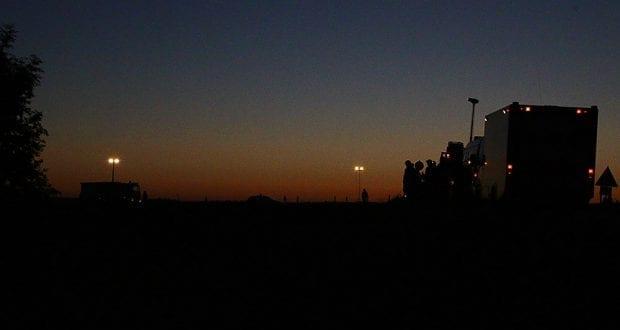 Feuerwehr Ausleuchtung Sonnenuntergang