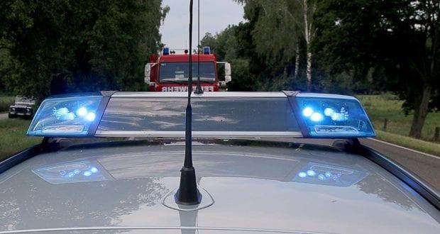 Polizei und Feuerwehrfahrzeug Blaulicht