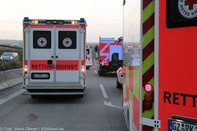Verkehrsunfall LKW auf A8 zwischen Guenzburg-Burgau