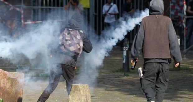 Vermummte Randalierer bei Anti-G20-Protest im Juli 2017
