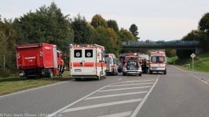 Verkehrsunfall auf der B300 mit sechs Verletzten im Kreis Günzburg
