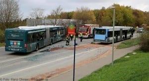 Unfall Gelenkbusse Linienbus Ulm 30102017 10