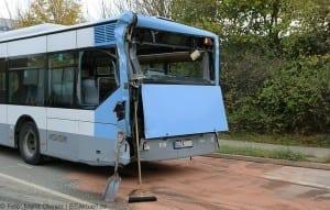 Unfall Gelenkbusse Linienbus Ulm 30102017 3