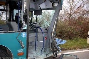 Unfall Gelenkbusse Linienbus Ulm 30102017 7