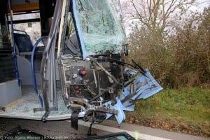 Unfall Gelenkbusse Linienbus Ulm 30102017 9